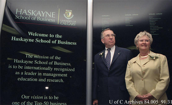 Richard (Dick) Haskayne and his wife Lois at the renaming of the faculty of management to the Haskayne School of Business, May 2002.